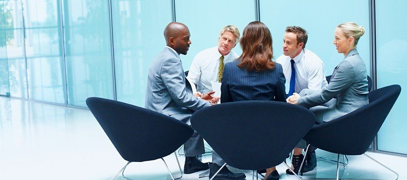 professionals meeting photo starting up company