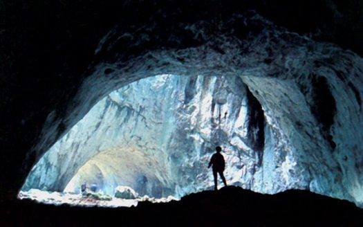 10-charming-caves-in-turkey-photo