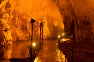 dupnisa-cave-photo
