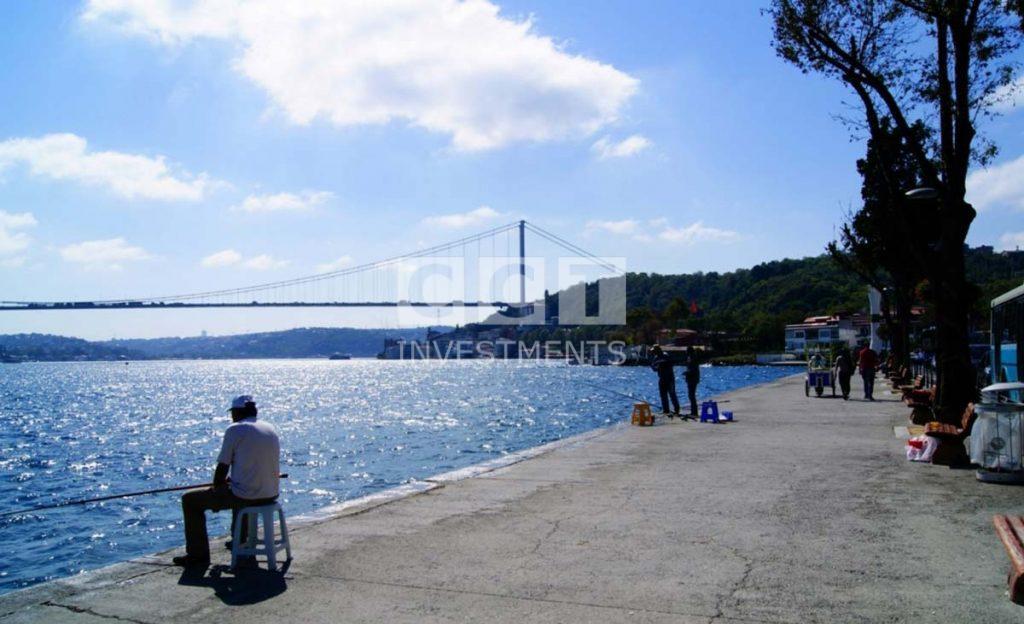 Bosphorus-sea-side