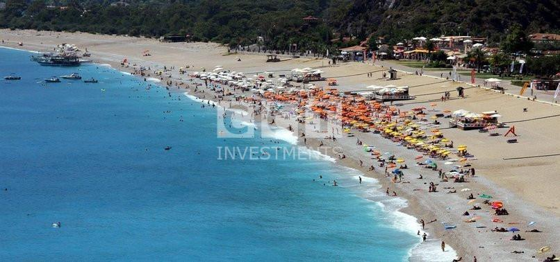 The-influx-of-tourists-on-the-shores-of-Antalya-and-Mugla