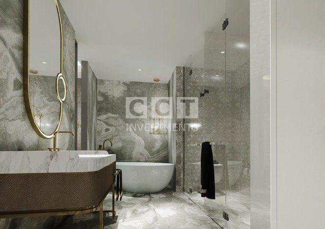 إحدى الحمامات في المشروع الفندقي 313