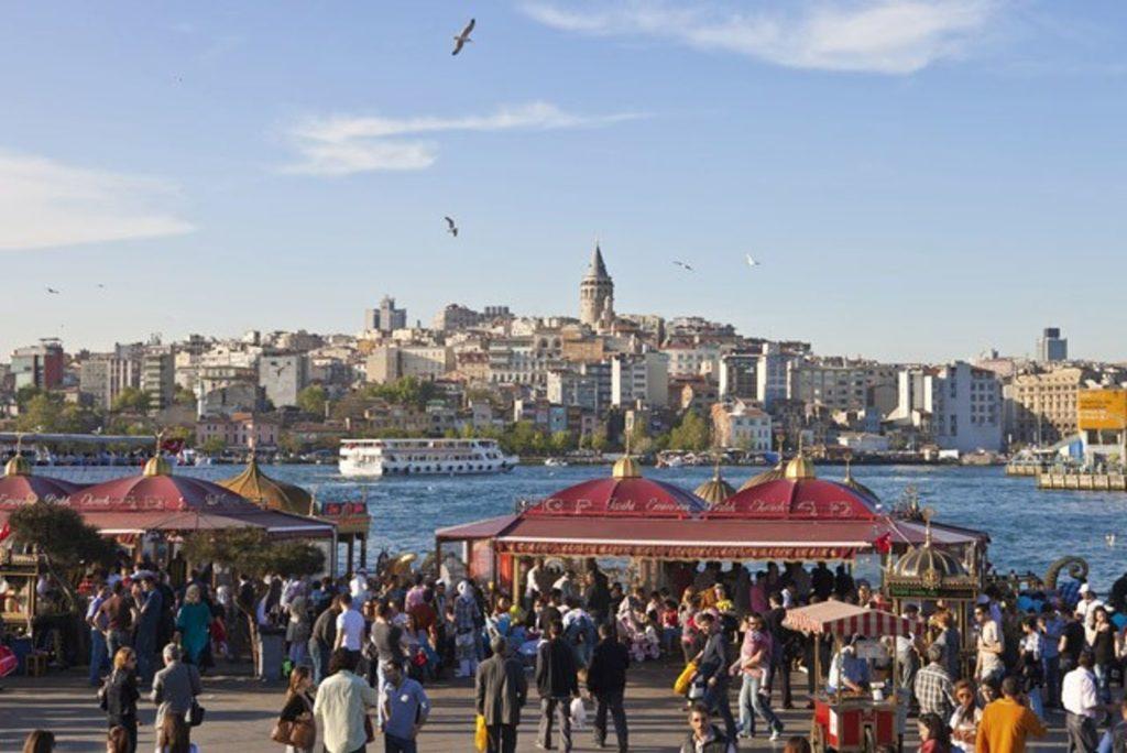 ماذا تتوقع عند الانتقال إلى تركيا؟